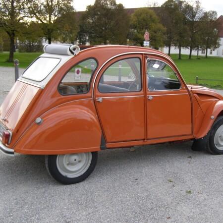 2 cv Ente Oldtimer Hochzeitsauto