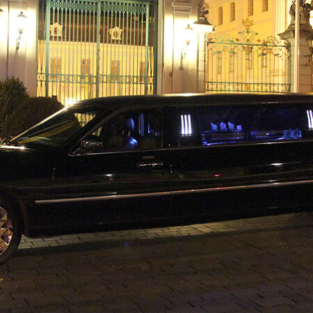 Lincoln Towncar Strechlimo Hochzeitsauto
