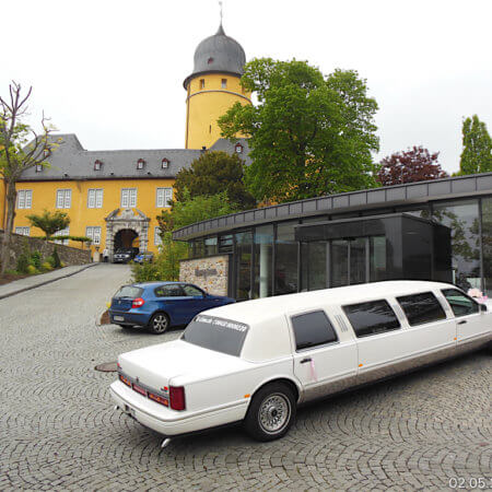 Lincoln Town Car Stretchlimousine Oldtimer Hochzeiitsauto