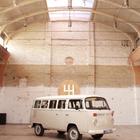 VW Bus T2 Oldtimer Hochzeitsauto